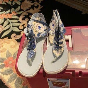 Woman's Converse Sandals